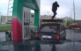VIDEO/ Un benzinaio sale su un auto e balla la breakdance